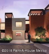 Casa En Ventaen Queretaro, San Isidro Juriquilla, Mexico, MX RAH: 18-480