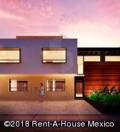 Casa En Ventaen Queretaro, San Isidro Juriquilla, Mexico, MX RAH: 18-482