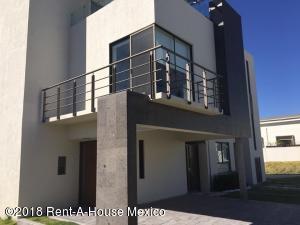 Casa En Ventaen Queretaro, El Mirador, Mexico, MX RAH: 18-485