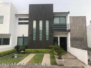 Casa En Ventaen Queretaro, El Mirador, Mexico, MX RAH: 18-506