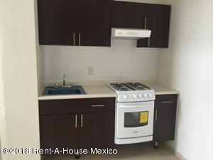 Departamento En Rentaen Miguel Hidalgo, Legaria, Mexico, MX RAH: 18-529