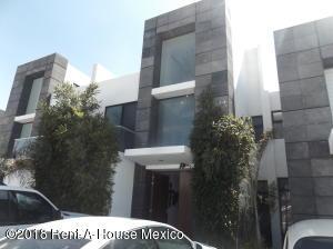 Casa En Rentaen Queretaro, Santa Fe De Juriquilla, Mexico, MX RAH: 18-581
