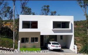 Casa En Ventaen Atizapan De Zaragoza, Residencial Lago Esmeralda, Mexico, MX RAH: 18-589
