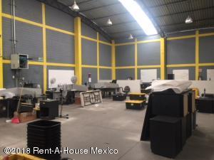 Bodega En Rentaen Miguel Hidalgo, Argentina Antigua, Mexico, MX RAH: 18-619