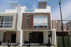 Casa En Ventaen Queretaro, San Isidro Juriquilla, Mexico, MX RAH: 18-626