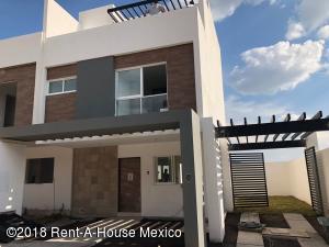 Casa En Ventaen Queretaro, El Mirador, Mexico, MX RAH: 18-674