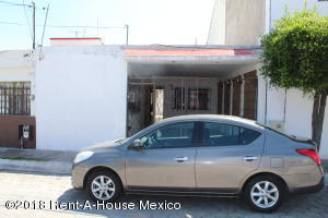 Casa En Rentaen Queretaro, Vistas Del Cimatario, Mexico, MX RAH: 18-683