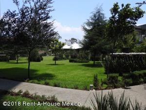Departamento En Rentaen Alvaro Obregón, Paseo De Las Lomas, Mexico, MX RAH: 18-698