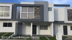Casa En Ventaen Queretaro, Cumbres Del Lago, Mexico, MX RAH: 18-710