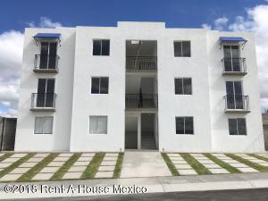Departamento En Ventaen Queretaro, Villa Del Sol, Mexico, MX RAH: 18-758