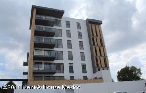 Departamento En Ventaen El Marques, Zibata, Mexico, MX RAH: 18-781