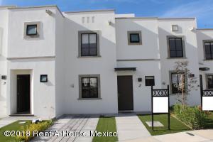 Casa En Ventaen Queretaro, El Mirador, Mexico, MX RAH: 18-801