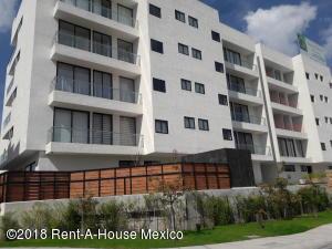 Departamento En Ventaen El Marques, Zibata, Mexico, MX RAH: 18-813