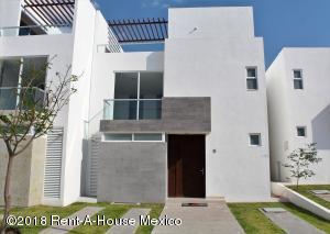 Casa En Ventaen Queretaro, Altos De Juriquilla, Mexico, MX RAH: 18-854