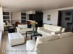 Departamento En Rentaen Miguel Hidalgo, Lomas Atlas, Mexico, MX RAH: 18-872