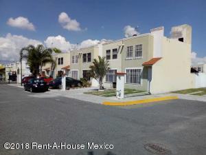 Casa En Ventaen Queretaro, Rancho Bellavista, Mexico, MX RAH: 18-875