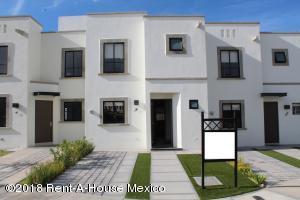 Casa En Rentaen Queretaro, El Mirador, Mexico, MX RAH: 18-905