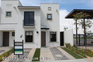 Casa En Rentaen Queretaro, El Mirador, Mexico, MX RAH: 18-906