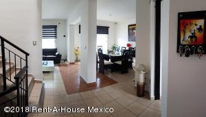 Casa En Ventaen Corregidora, El Pueblito, Mexico, MX RAH: 18-907