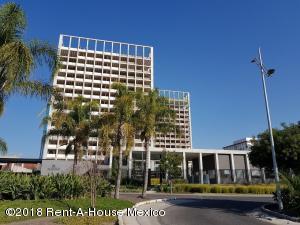 Departamento En Rentaen Queretaro, Santa Fe De Juriquilla, Mexico, MX RAH: 18-939