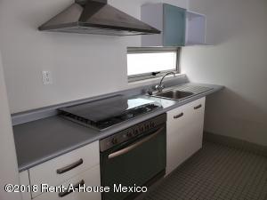 Departamento En Rentaen Cuajimalpa De Morelos, Santa Fe Cuajimalpa, Mexico, MX RAH: 18-960