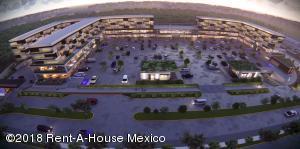 Departamento En Ventaen El Marques, Zibata, Mexico, MX RAH: 18-975