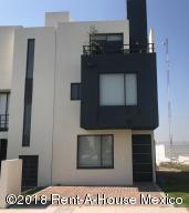Casa En Ventaen Queretaro, El Mirador, Mexico, MX RAH: 18-984