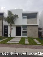 Casa En Ventaen Queretaro, El Mirador, Mexico, MX RAH: 18-991