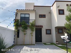 Casa En Ventaen Queretaro, Ciudad Del Sol, Mexico, MX RAH: 18-998