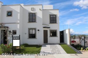 Casa En Rentaen Queretaro, El Mirador, Mexico, MX RAH: 19-7