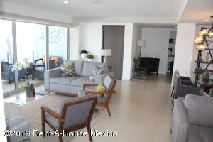 Departamento En Ventaen Queretaro, Juriquilla, Mexico, MX RAH: 18-994