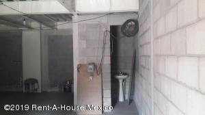 Bodega En Rentaen Miguel Hidalgo, Pensil Norte, Mexico, MX RAH: 19-136