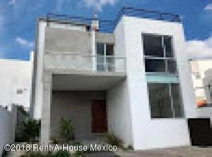 Casa En Ventaen Queretaro, Cumbres Del Lago, Mexico, MX RAH: 19-132