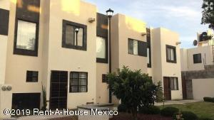 Casa En Ventaen El Marques, Real Solare, Mexico, MX RAH: 19-302