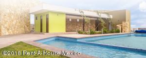 Terreno En Ventaen Queretaro, El Mirador, Mexico, MX RAH: 19-378