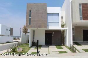 Casa En Ventaen Queretaro, San Isidro Juriquilla, Mexico, MX RAH: 19-432
