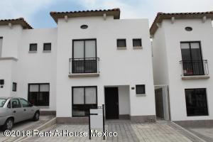 Casa En Rentaen Queretaro, Juriquilla, Mexico, MX RAH: 19-449