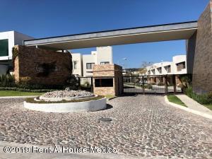 Casa En Ventaen Queretaro, Juriquilla, Mexico, MX RAH: 19-508