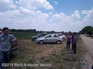 Terreno En Ventaen El Marques, Lomas Del Marques, Mexico, MX RAH: 19-566