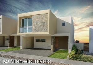 Casa En Ventaen Queretaro, La Vista, Mexico, MX RAH: 19-640