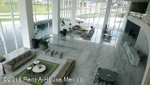 Nuevo En Rentaen Queretaro, Centro Sur, Mexico, MX RAH: 19-661