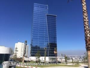 Oficina En Ventaen Queretaro, Centro Sur, Mexico, MX RAH: 19-663
