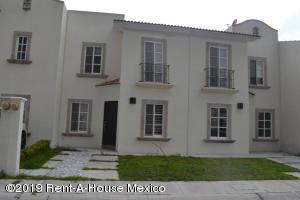 Casa En Rentaen Queretaro, El Refugio, Mexico, MX RAH: 19-681
