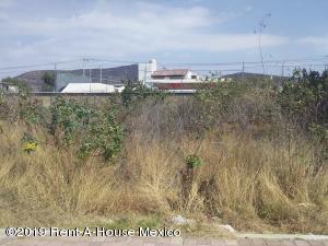 Terreno En Ventaen Queretaro, Juriquilla, Mexico, MX RAH: 19-703