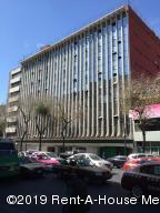 Edificio En Rentaen Cuauhtémoc, Cuauhtemoc, Mexico, MX RAH: 19-778