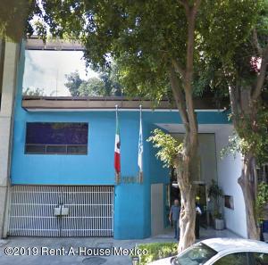 Edificio En Ventaen Cuauhtémoc, Roma Norte, Mexico, MX RAH: 19-781