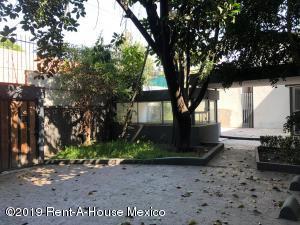 Edificio En Rentaen Alvaro Obregón, Ampliacion Las Aguilas, Mexico, MX RAH: 19-809