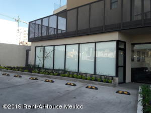 Local Comercial En Rentaen Queretaro, El Refugio, Mexico, MX RAH: 19-863