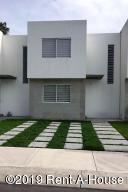 Casa En Rentaen Corregidora, El Pueblito, Mexico, MX RAH: 19-892