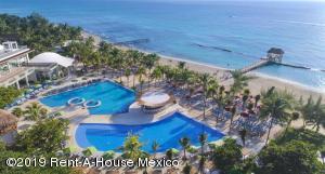Departamento En Ventaen Playa Del Carmen, The Fives, Mexico, MX RAH: 19-930